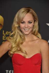 Laura_Vandervoort_Canadian_Screen_Awards_in_Toronto_030313_02